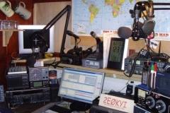 K800_2E0KYI2009