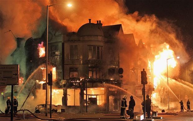 riots-croydon-620_1967393b
